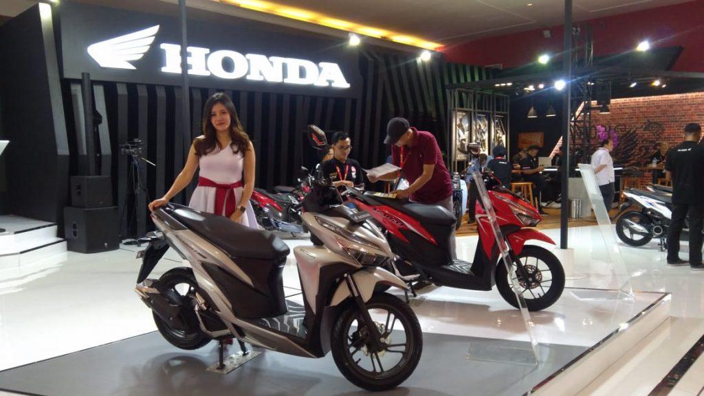 Booth Sepeda Motor Honda